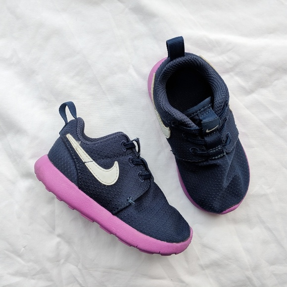 check out e8234 87146 NIKE ROSHE ONE toddler sneakers sz 6c blue purple.  M 5ad357bfcaab444499a98146